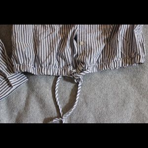 ✨CHARLOTTE RUSSE STRIPED BUTTON UP✨
